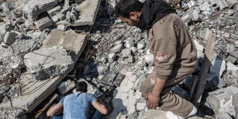 In der Falle von Mossul: Hunderte Einwohner durch Luftangriffe getötet