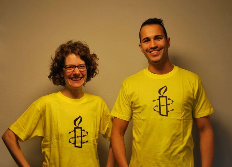 T-Shirt Amnesty Gelb